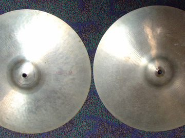 "Selling with online payment: 1970s Ludwig Standard by PAISTE 14"" medium hi-hats Swiss made"