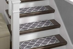 Liquidation/Wholesale Lot: Stair Treads Gray Geometric Set of 13 with double sided tape