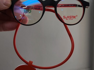 Selling with online payment: SLASTIK foldable reading glasses...Chelsea frame