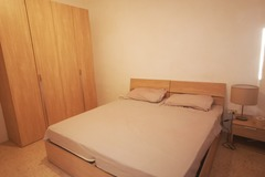 Rooms for rent: Room available in San Gwann in 3 bed apartment