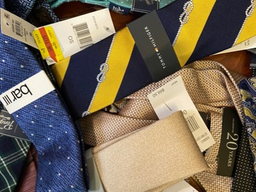 Liquidation/Wholesale Lot: Designer Tie Lot of 25 Ties NWT/NWOT Tags $2.50 per tie inc. ship