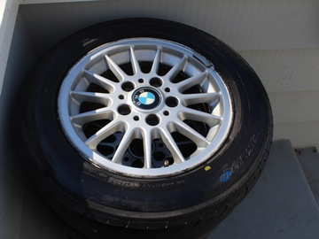 Selling: Bmw E36 wheels w Yokohama tires