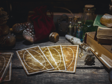 Selling:  Tarot Gypsy Cards Reading