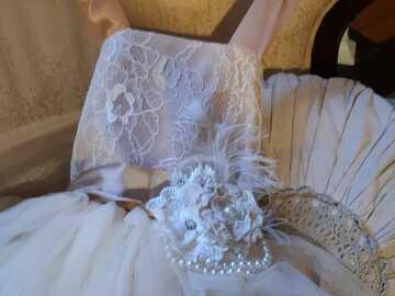 Ilmoitus: Kukkaistytön -mekko/ -mekot