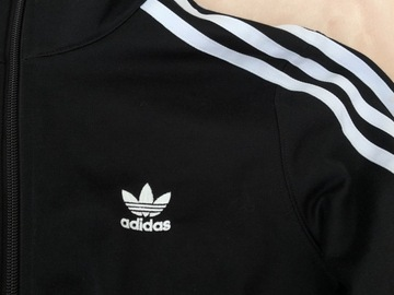 Selling without online payment: Adidas crop Jacket