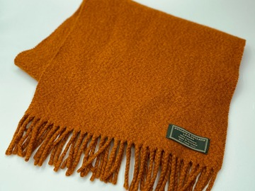 Online payment: 100% cashmere rust Scarf Holland & Holland