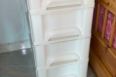 Selling without online payment: 4 drawer plastic cabinets