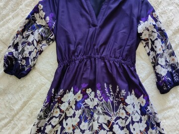 Selling with online payment: Yumi belted dress with 3/4 sleeves in floral border print
