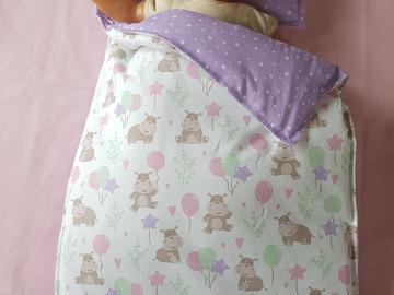 Vente au détail: Accessoires poupée - couette et oreiller pour berceau/lit/couffin