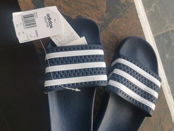 Selling with online payment: Original Adidas sliders - Brand New with Tags