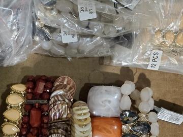 Liquidation/Wholesale Lot: 60 Piece Closeout Bracelet Lot ...only 1 available.