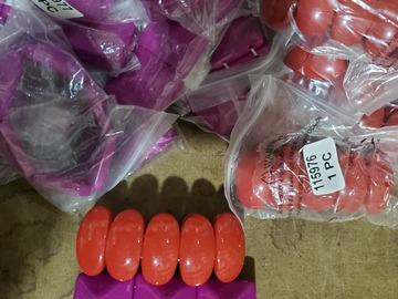 Liquidation/Wholesale Lot: 100 Closeout Stretch Bracelet Lot...only 1 Available