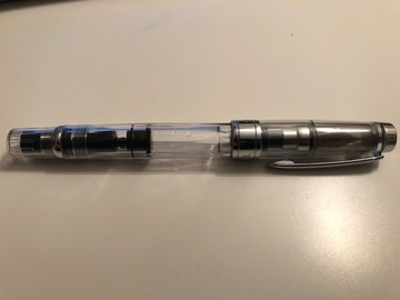 Renting out: TWSBI Diamond 580 Clear Extra Fine