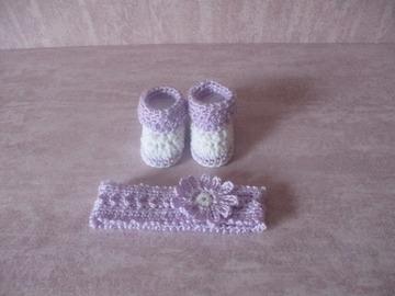 Vente au détail: Ensemble serre tête et chaussons assortis crochetés