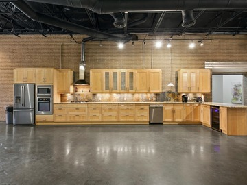 Hourly Spaces: Soar Creative -Kitchen