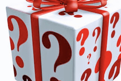Liquidation/Wholesale Lot: Jewelry mystery jewelry box stuffed with goodies