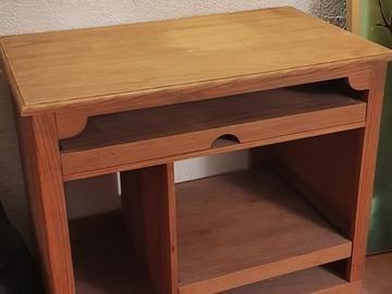 Vente: bureau en pin
