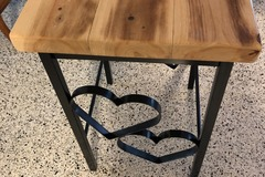 Selling with online payment: Heart table