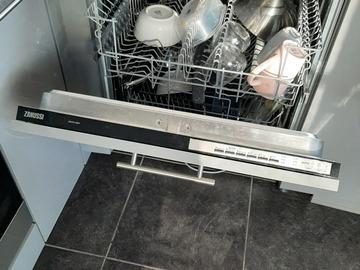 À vendre: Lave vaisselle encastré