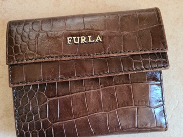 Selling with online payment: Furla Wallet