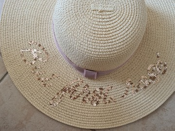 Selling with online payment: Beach Hat