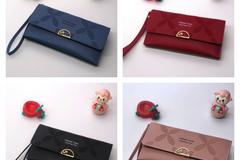清算批发地: (54) Women Assorted Continental Foldover Premium Wallets Styles-2