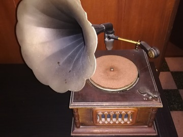Besoin d'aide: Gramophone