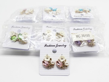 Liquidation/Wholesale Lot: Dozen New Rhinestone Flower Post Earrings MC35150-12