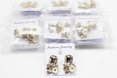 Liquidation/Wholesale Lot: Dozen New Rhinestone Flower Post Earrings MC35157-12