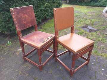 À donner: 2 chaises identiques à restaurer