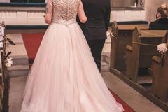 Ilmoitus: Allure Bridals 9162