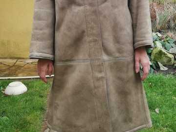 Vente: Vends manteau en daim doublé laine d'agneau
