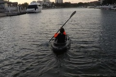 Hourly Rate: Enjoy Surfers Paradise Sunsets by Kayak