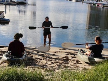 Hourly Rate: 8 X Beginner Kayaks - Great for groups who want to explore!