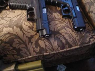 Selling: Kj works glock 19