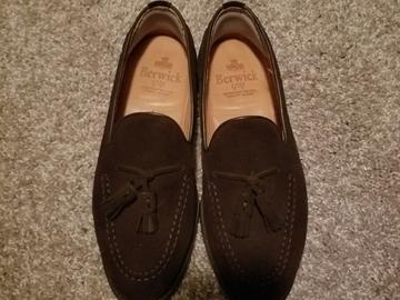 Selling with online payment: Berwick 1707 Brown Suede Tassel Loafers
