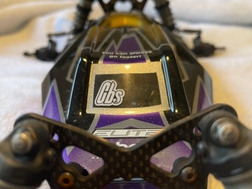 Selling: Tlr 22 5.0 elite