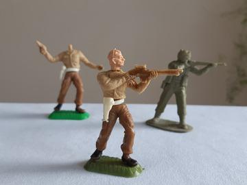 À vendre: 3 figurines de soldats Américains / Britanniques vintage 1960