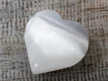 Selling: Selenite Heart - 5-6 cm