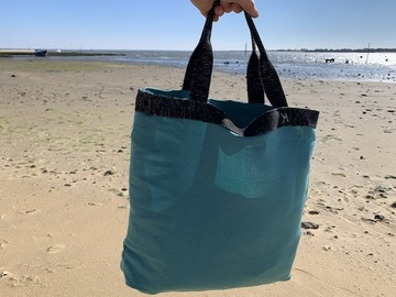 ": Sac de plage ""Roddy"" just blue and sparkly black"