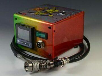 Post Now: High Tech Titanium Mini Honey Highve Custom Enail (Rasta Bee)