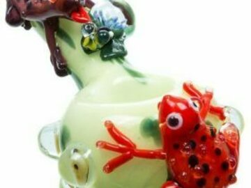 Post Now: Frog Themed Spoon Pipe Green