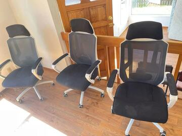 For Sale: Swivel Armchair for Sale only NZD40