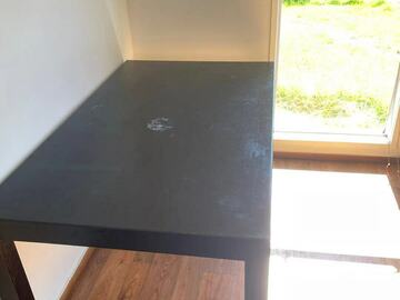 For Sale: Dining-table for Sale only 20NZD