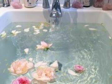 Selling: Bath Potion Ritual *Rose*