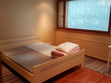 Renting out: Subleasing rooms in Lehtisaari, about 1.5 km from Aalto Uni.