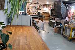 Vuokrataan: Työtila/Työpöytäpaikka Vallilassa >> Working space/Desk for rent