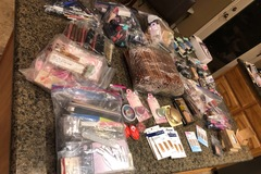 Liquidation/Wholesale Lot: 100 pcs mystery makeup lot