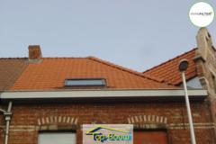 .: Hellend dak met VELUX-raam I door Top-Bouw