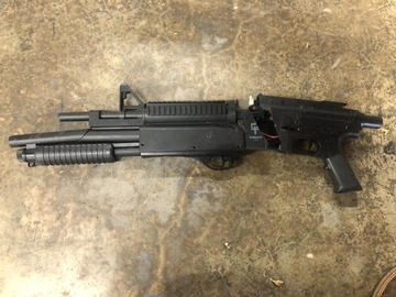 Selling: Snapped Airsoft Gun